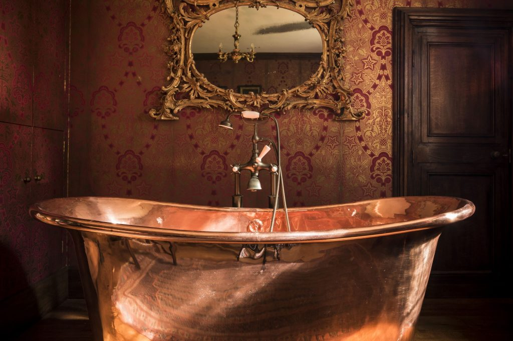 Copper Bateau Bath with Copper Interior