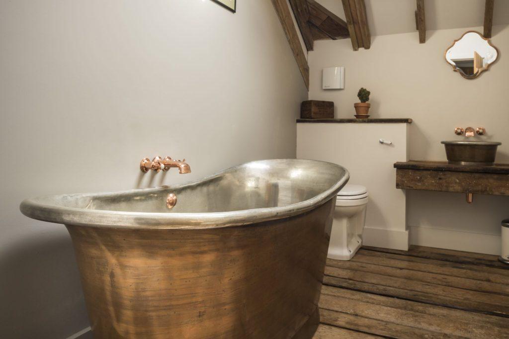 Patina Copper Bateau Bath with Tin Interior