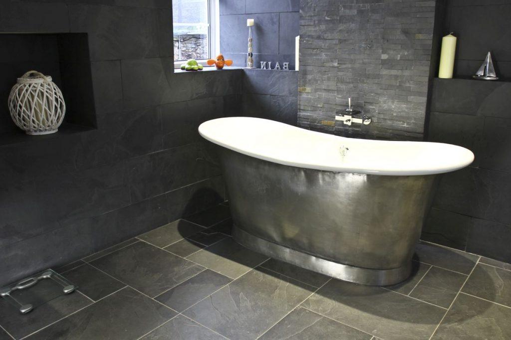 Tin Bateau Bath with Enamel Interior