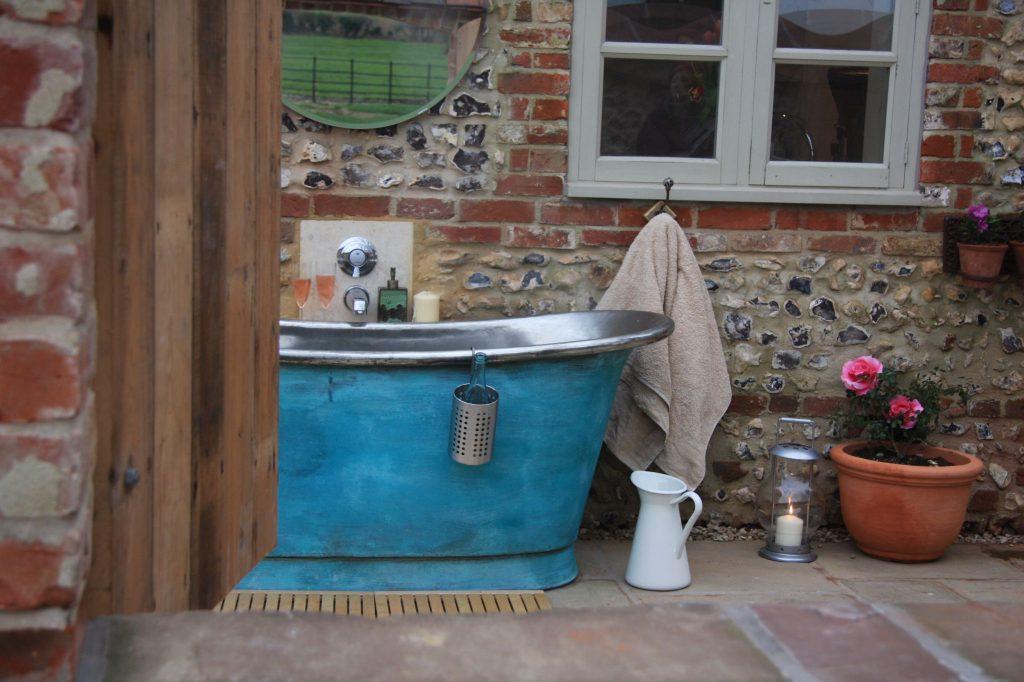 Verdigris Bateau Bath with Tin Interior