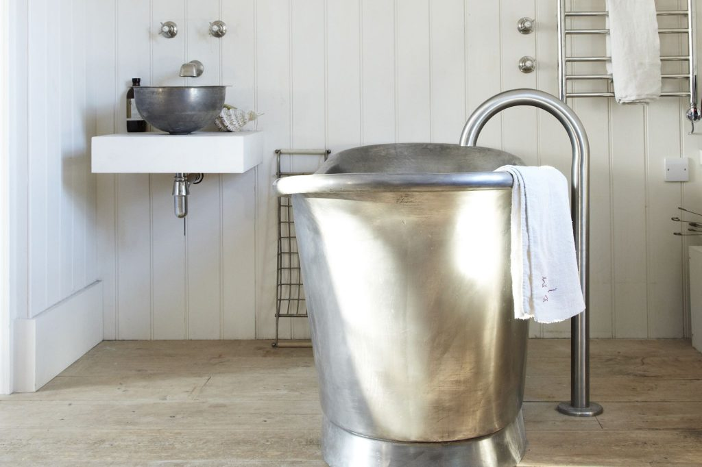 Tin Bateau Bath with Tin Interior