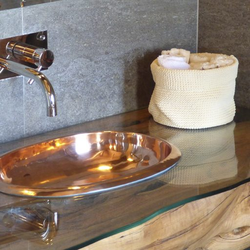 Copper Corana Basin with Copper Interior