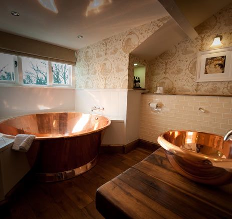 Copper Rotundus Bath with Copper Interior