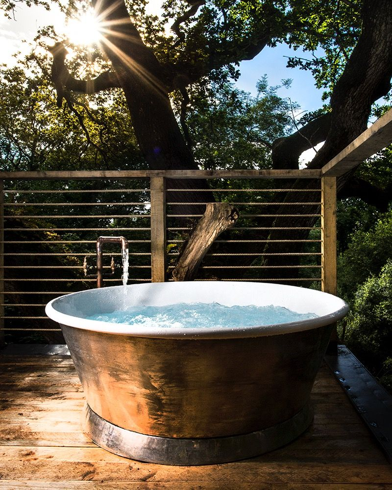 Tin Rotundus Bath with Enamel Interior