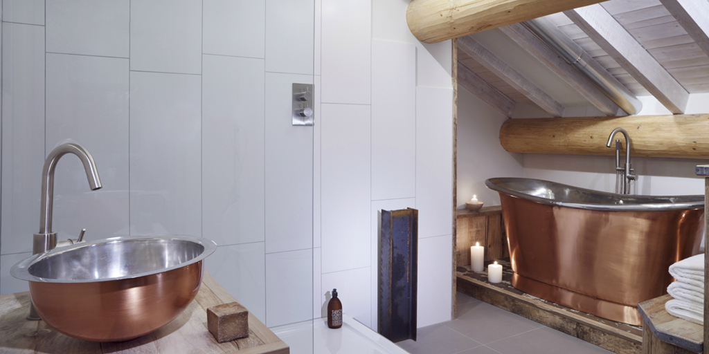 Copper Bath Tub and Copper Bathroom Basin