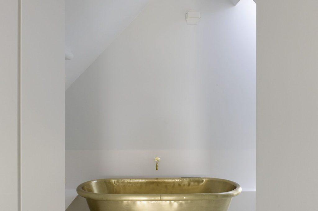 Brass Aequs bath Tub