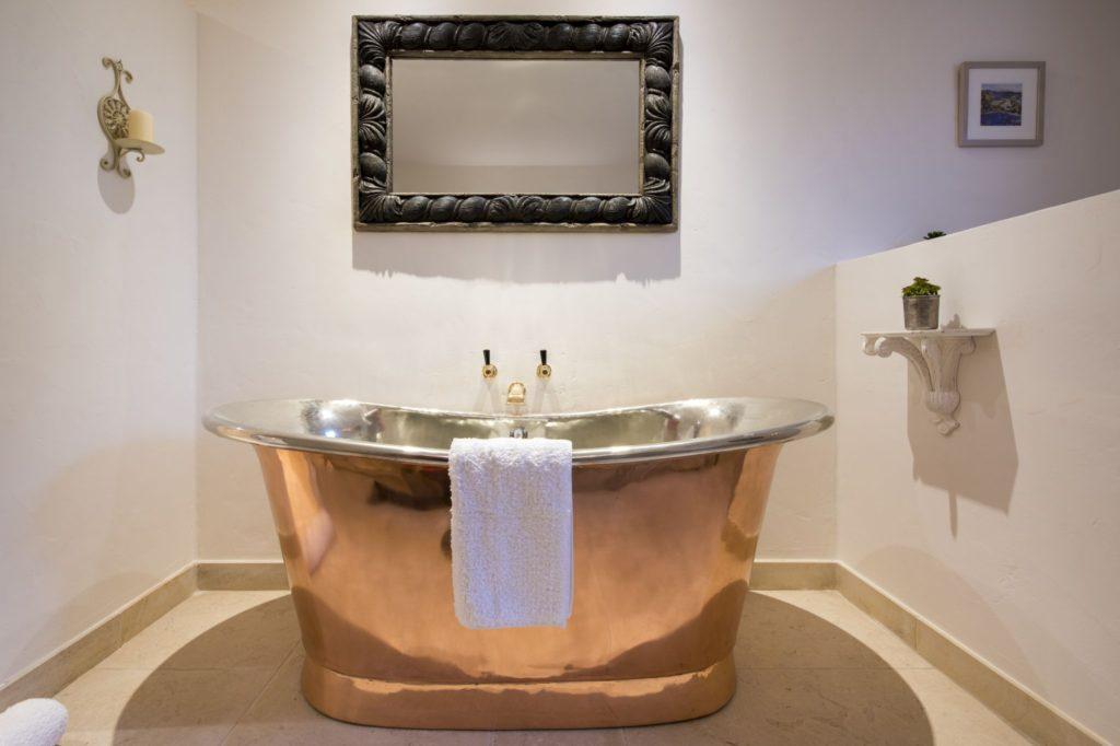 Copper Bath with Nickel Interior