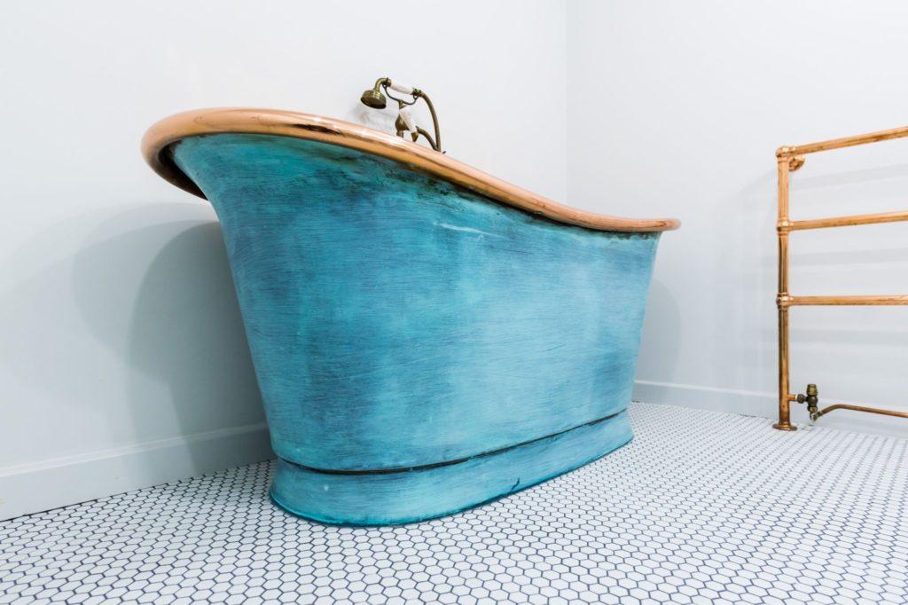 Verdigris Bateau bath