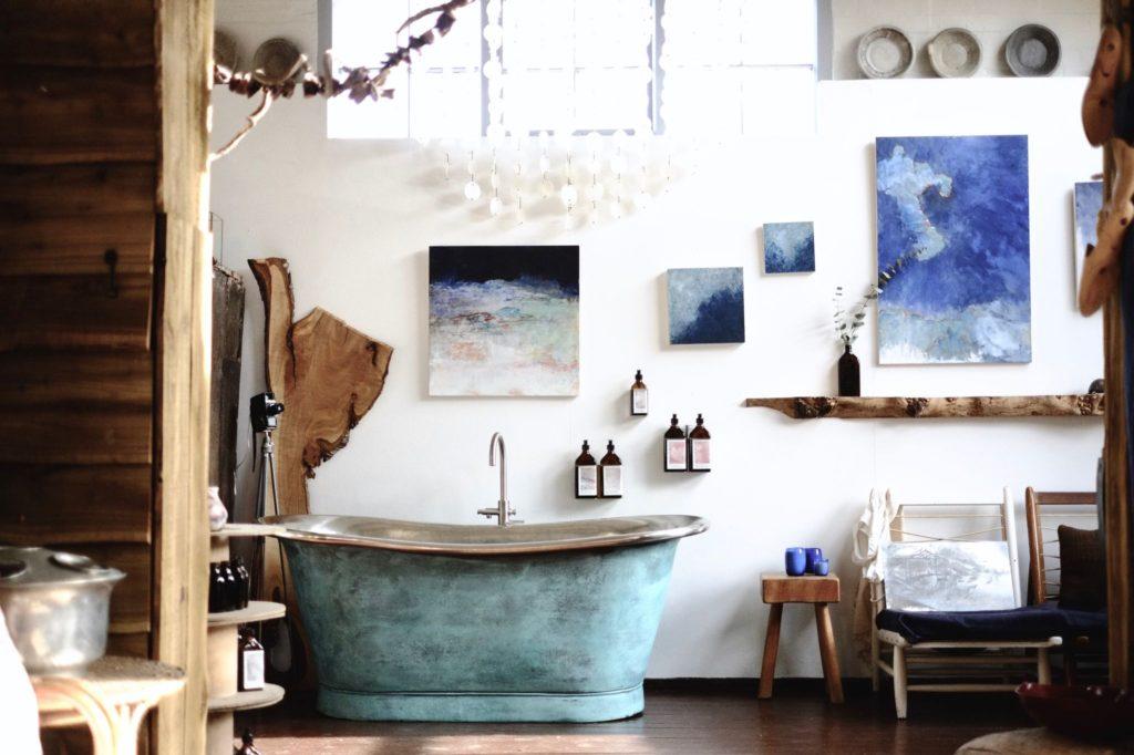 Verdigris Bath Tub